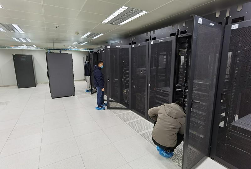 2月8日数据中心机房设备间-视频会议系统调试